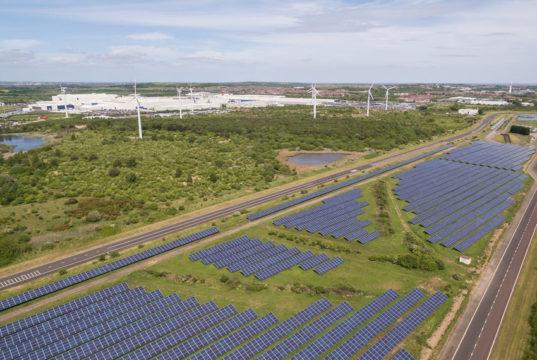 Nissan planea casi triplicar la generación de energía renovable en la planta de Sunderland