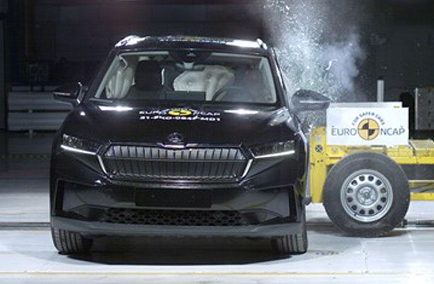 Skoda-Enyaq-iV_pruebas-Euro-NCAP_lateral