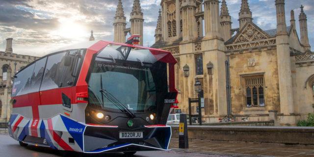 Aurrigo-Auto-Shuttle-autobus-electrico-autonomo-Cambridge-Reino-Unido