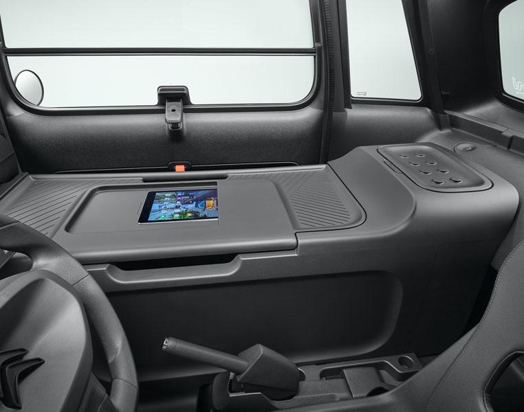 Citroen-My-Ami-Cargo_utilitario-electrico-adaptado-uso-comercial_escritorio-movil