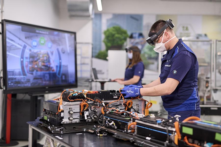 Competence-Centre-E-Drive-Production_planta-Dingolfing_BMW-Group