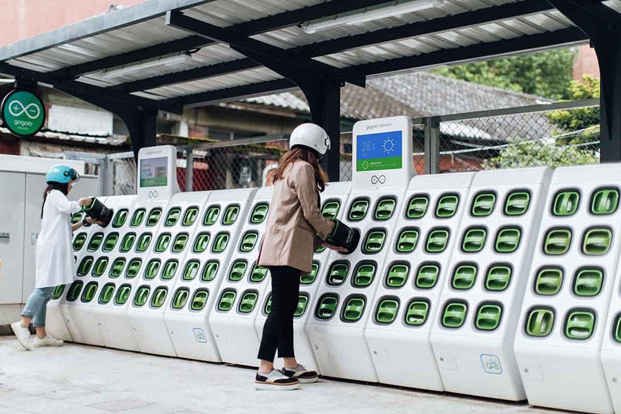 Gogoro-GoStation_reemplazo-baterias