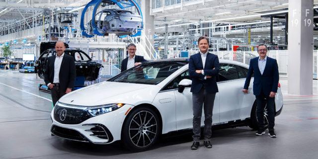 Inicio-produccion-berlina-electrica-Mercedes-Benz-EQS-Fabrica-56
