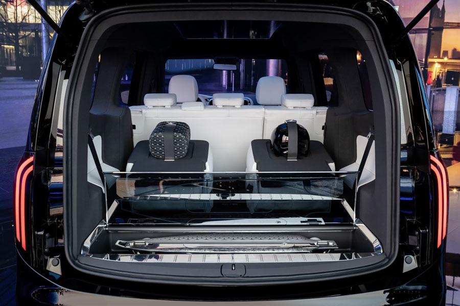 Mercedes-Benz-EQT_concept_maletero-asientos-plegados
