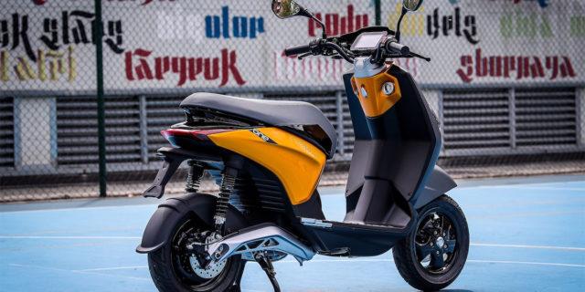 Nueva-scooter-electrica-Piaggio-ONE_trasera