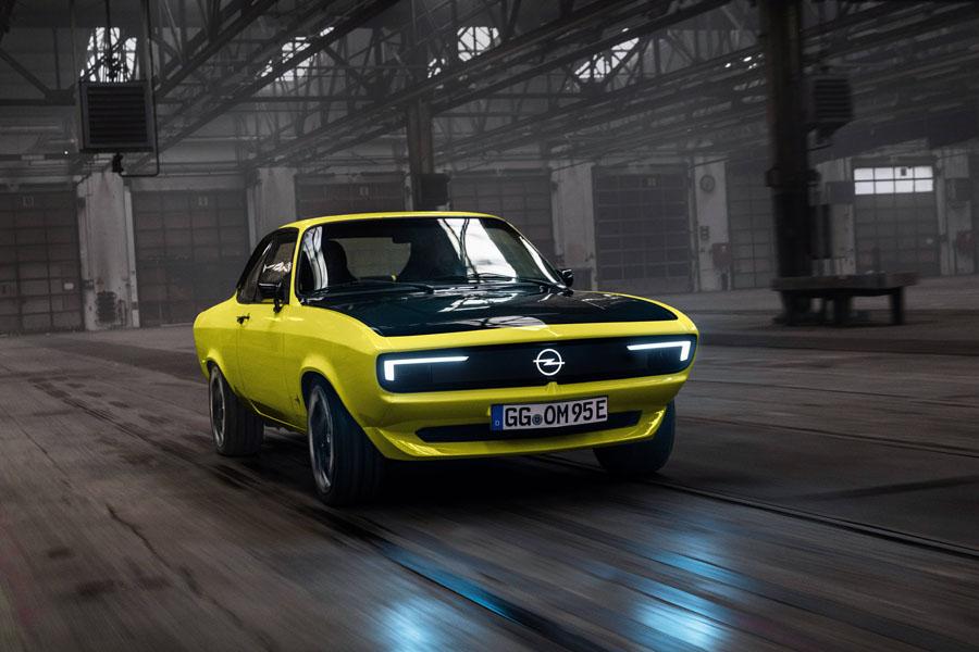Opel-Manta-GSe-ElektroMOD_movimiento