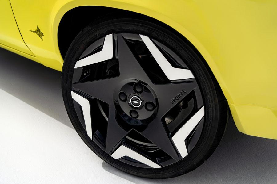Opel-Manta-GSe-ElektroMOD_ruedas