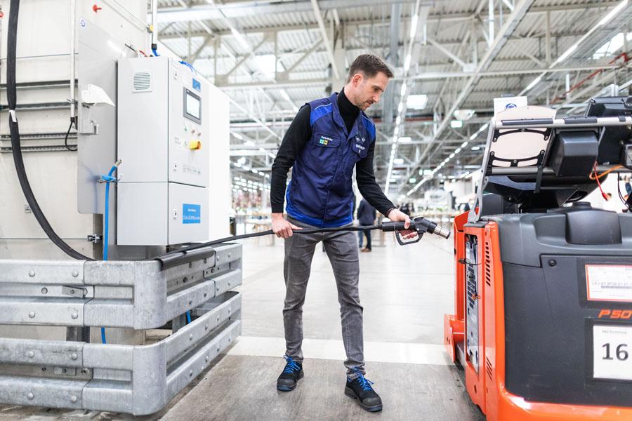 Planta-BMW-Leipzig-Planta-BMW-Leipzig-escenario-Cumbre-Hidrogeno-Alemania-cargando