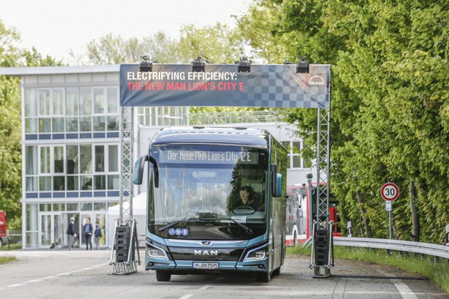 autobus-electrico-MAN_Lions_City_E_pruebas-autonomia-Alemania_frontal