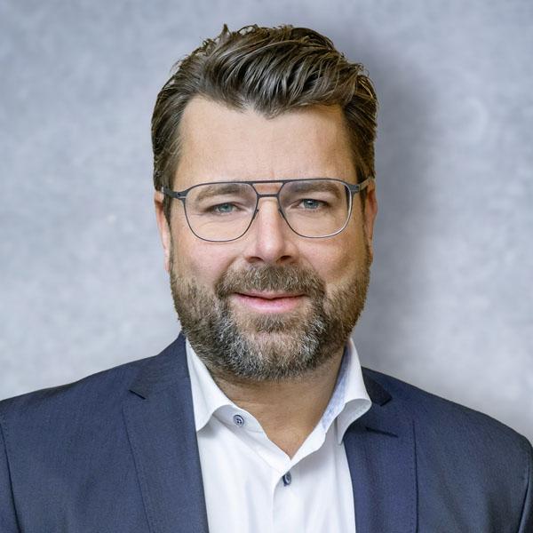 miembro-del-Consejo-Administracion-Desarrollo-Tecnico_Oliver-Hoffmann