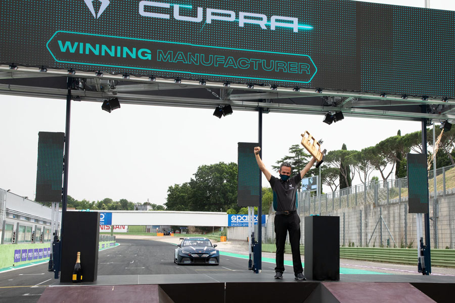CUPRA-e-Racer-ganador-primera-carrera-campetonato-ETCR-electrico