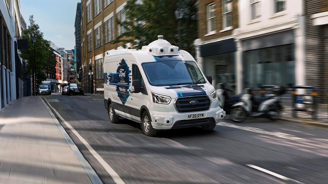 Ford-Transit-simulacion-conduccion-autonoma-asociacion-Hermes