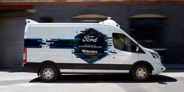 Ford-Transit-simulacion-conduccion-autonoma-asociacion-Hermes_lateral