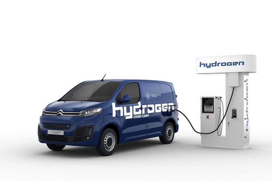 Nueva-furgoneta-pila-combustible-Citroen-e-Jumpy-Hydrogen_cargando