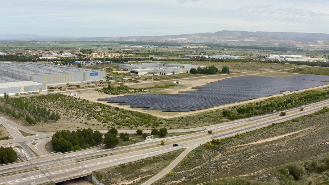 Proyecto-fotovoltaico-autoconsumo-planta-Zaragoza-Stellantis_vista-pajaro