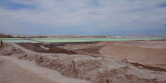 Salar-Atacama_Chile-extraccion-litio-sostenible-Volkswagen-Daimler-BASF-Fairphone