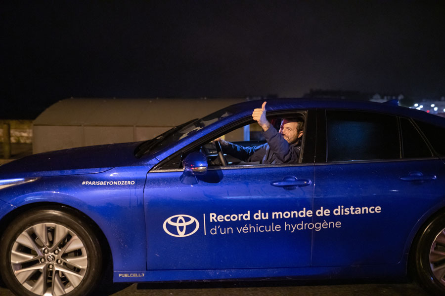 Toyota-Mirai-record-autonomia-mundial