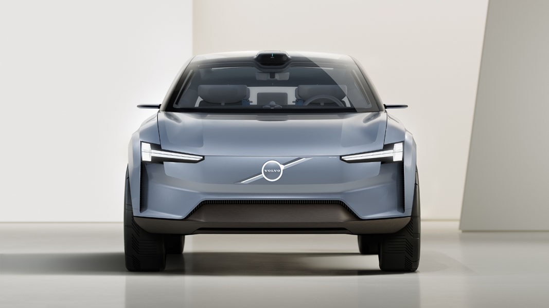 Volvo-Concept-Recharge_frontal