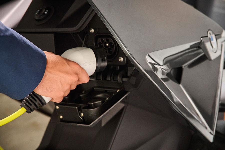 BMW-CE-04_compartimento-carga