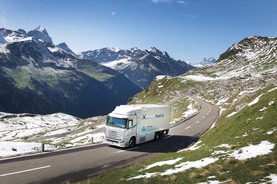 Camion-hidrogeno-Hyundai-XCIENT-Fuel-Cell_supera-millon-kilometros-Suiza_2