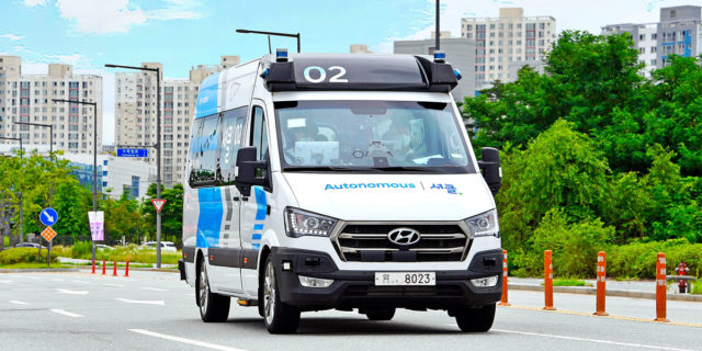 Hyundai-transporte-autonomo-Corea-del-Sur-RoboShuttle_frontal