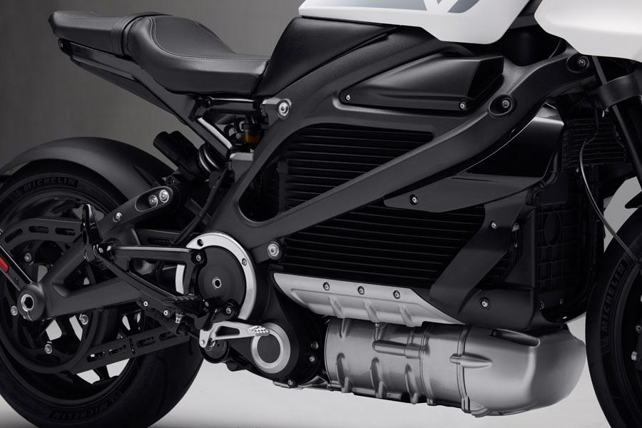 Nueva-motocicleta-electrica-Harley-Davidson-LiveWire-ONE_2