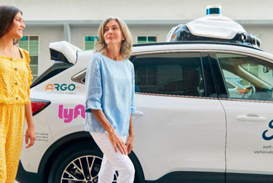 coche-autonomo-Ford-Argo-Lyft_viajes