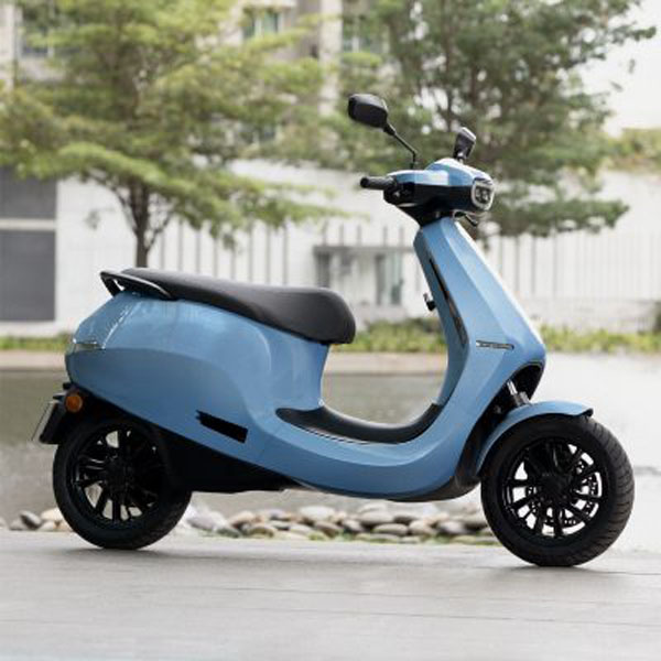 Ola-Electric-scooter-electrica-S1_azul-lateral