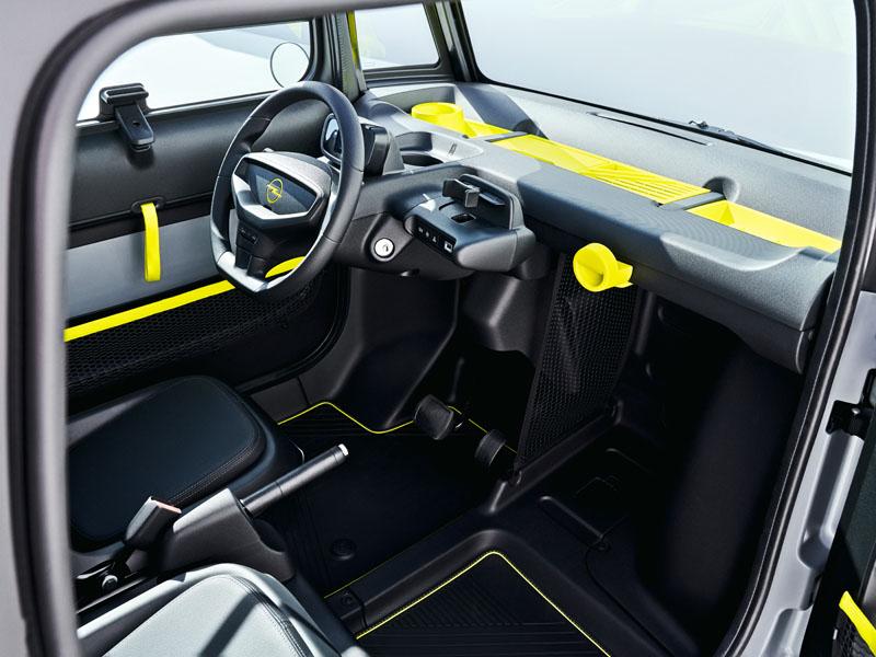 Opel-Rocks-e_interior