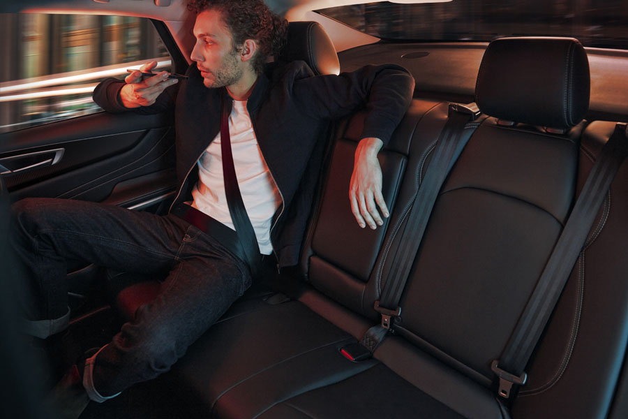 Renault-Mobilize-Limo_interior-trasera