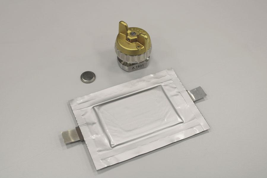 Apertura-laboratorio-fabricacion-propia-baterias-Volkswagen-Salzgitter_3