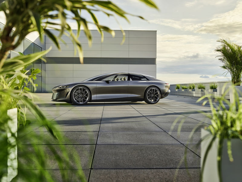 Audi-Grandsphere-concept_lateral
