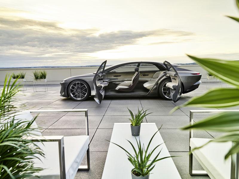Audi-Grandsphere-concept_puertas-abiertas-lateral