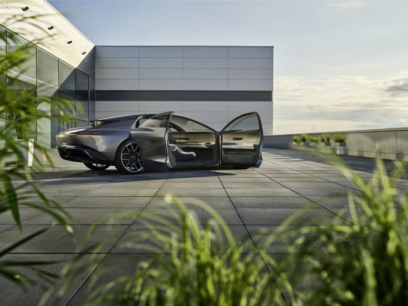 Audi-Grandsphere-concept_puertas-abiertas-trasera