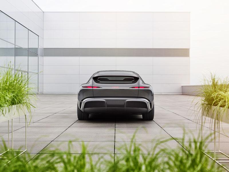 Audi-Grandsphere-concept_trasera-2