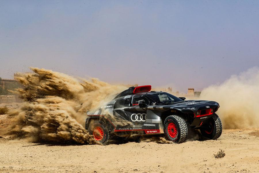 Audi-RS-Q-e-tron_arena