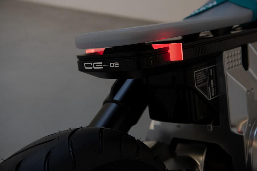 BMW-Concept-CE-02_luces-traseras