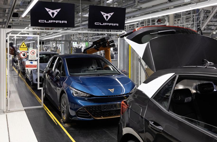 CUPRA-Born-inicio-produccion-planta-Zwickau-Alemania_linea-fabricacion