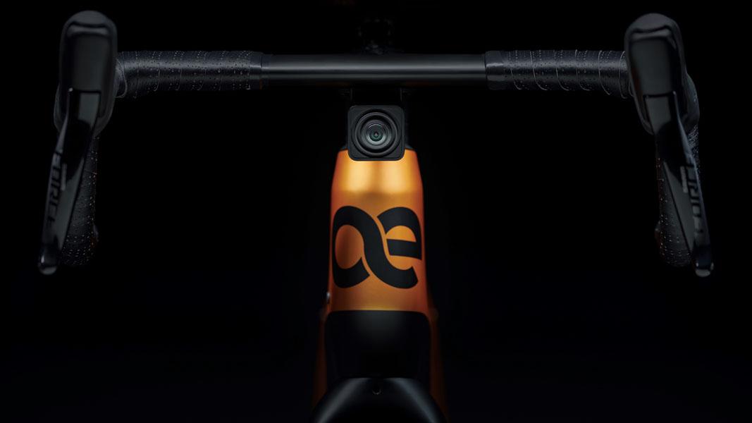 Cyklær_nueva-marca-bicicletas-electricas-Porsche-Digital_Storck_camara