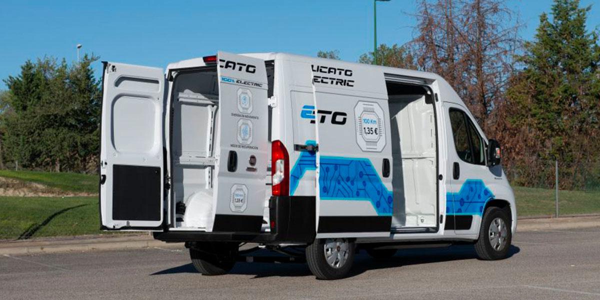 Fiat-E-Ducato-2021_puertas-maletero-abiertas
