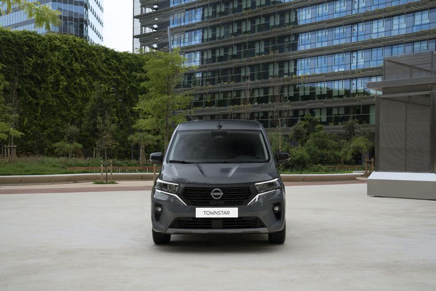 Furgoneta-electrica-Nissan-Townstar_frontal
