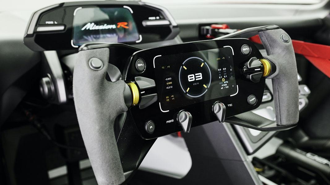 Porsche-Mission-R_concept_interior-volante