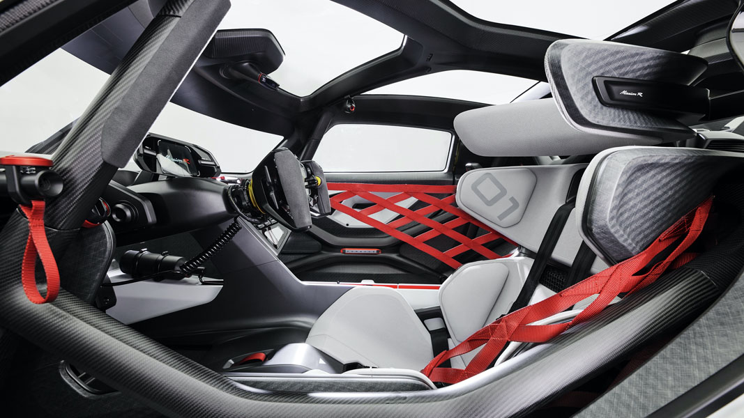 Porsche-Mission-R_concept_interior