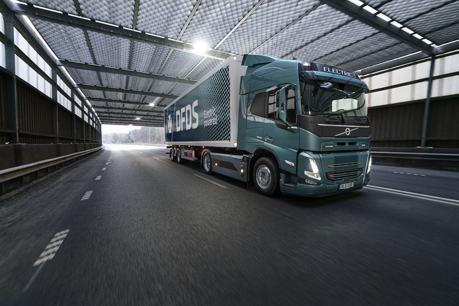 Camion-Volvo-FM-Electric_DFDS