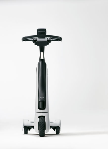 Patinete-electrico-Toyota-C+walkT_frontal