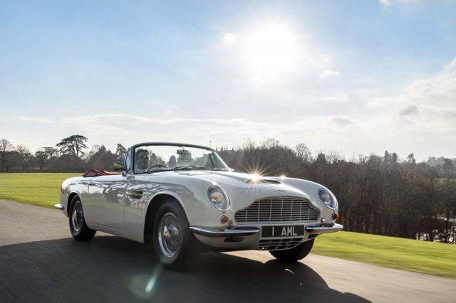 Aston_Martin_Heritage_EV-concept-circulando-frontal