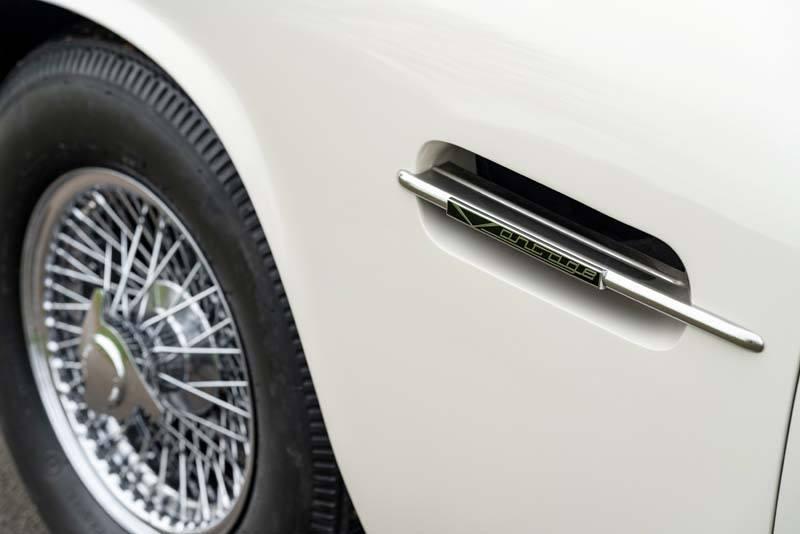 Aston_Martin_Heritage_EV-concept-detalle_puerta