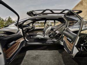 Audi-AI_TRAIL-quattro_interior-puertas-abiertas