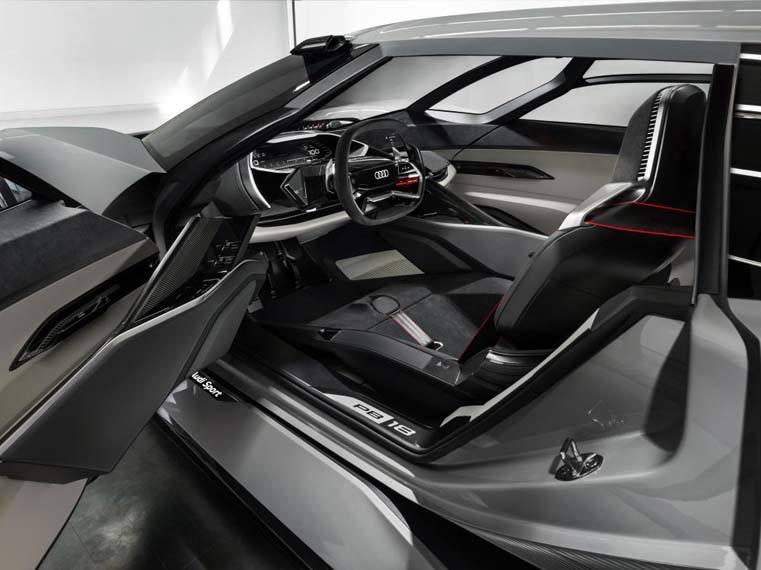 Audi-PB18-e_tron_interior-posicion1