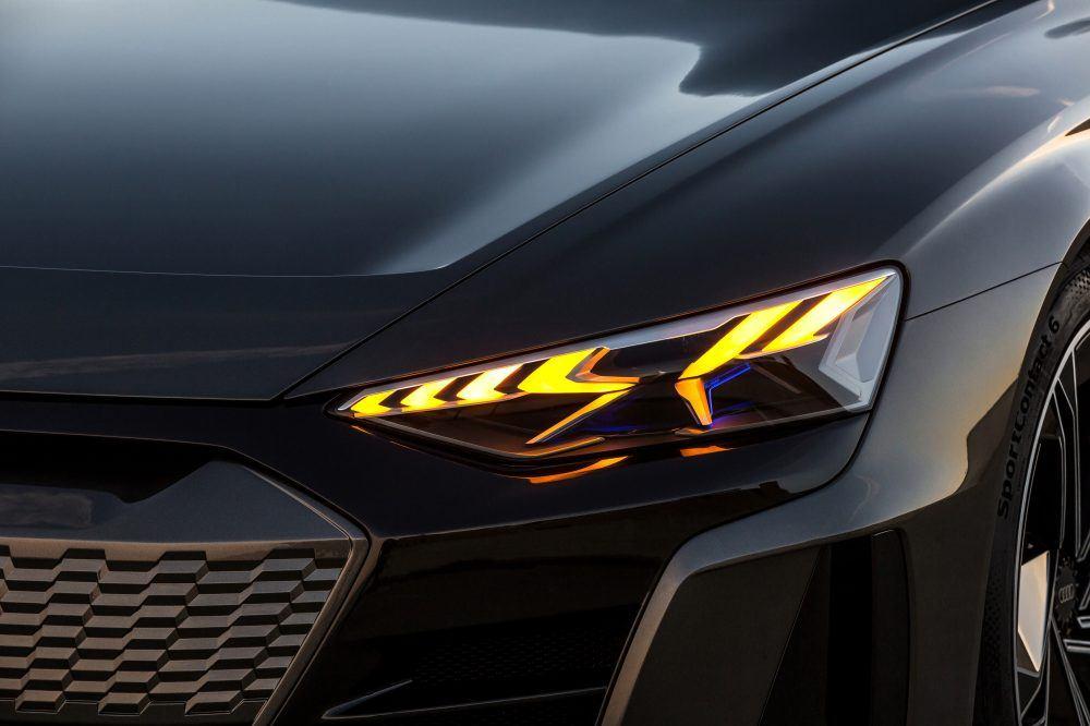 Audi-e_tron-GT_camuflaje04